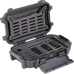 Pelican R40 Personal Utility Ruck Case - Black