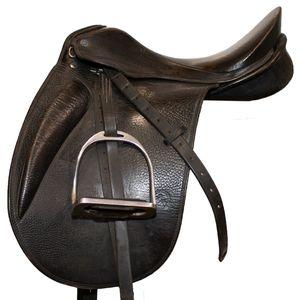 """Used Sommer Dressage Saddle 17.5"""" M"""